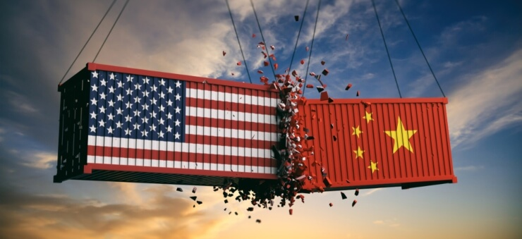 Collision of two containers representing the US and China