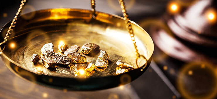Gold commodity trading